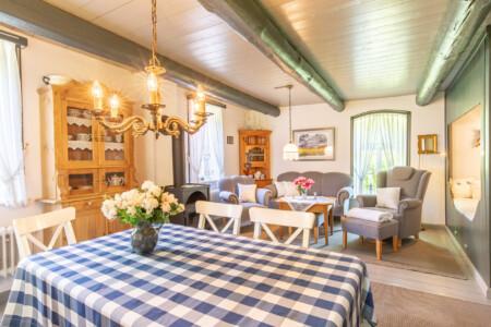 Huus Campen Ferienwohnung Krummhörn Wohnraum